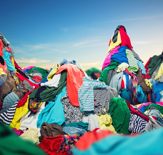 pile-of-clothes-in-landfill.jpg.653x0_q80_crop-smart.jpg