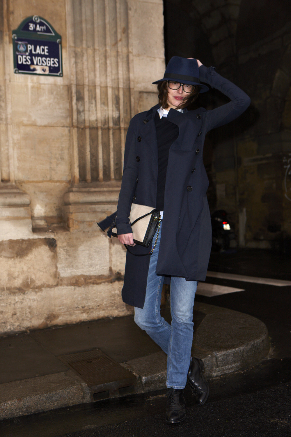 Burberry / Art of the Trench / Virginie Muys