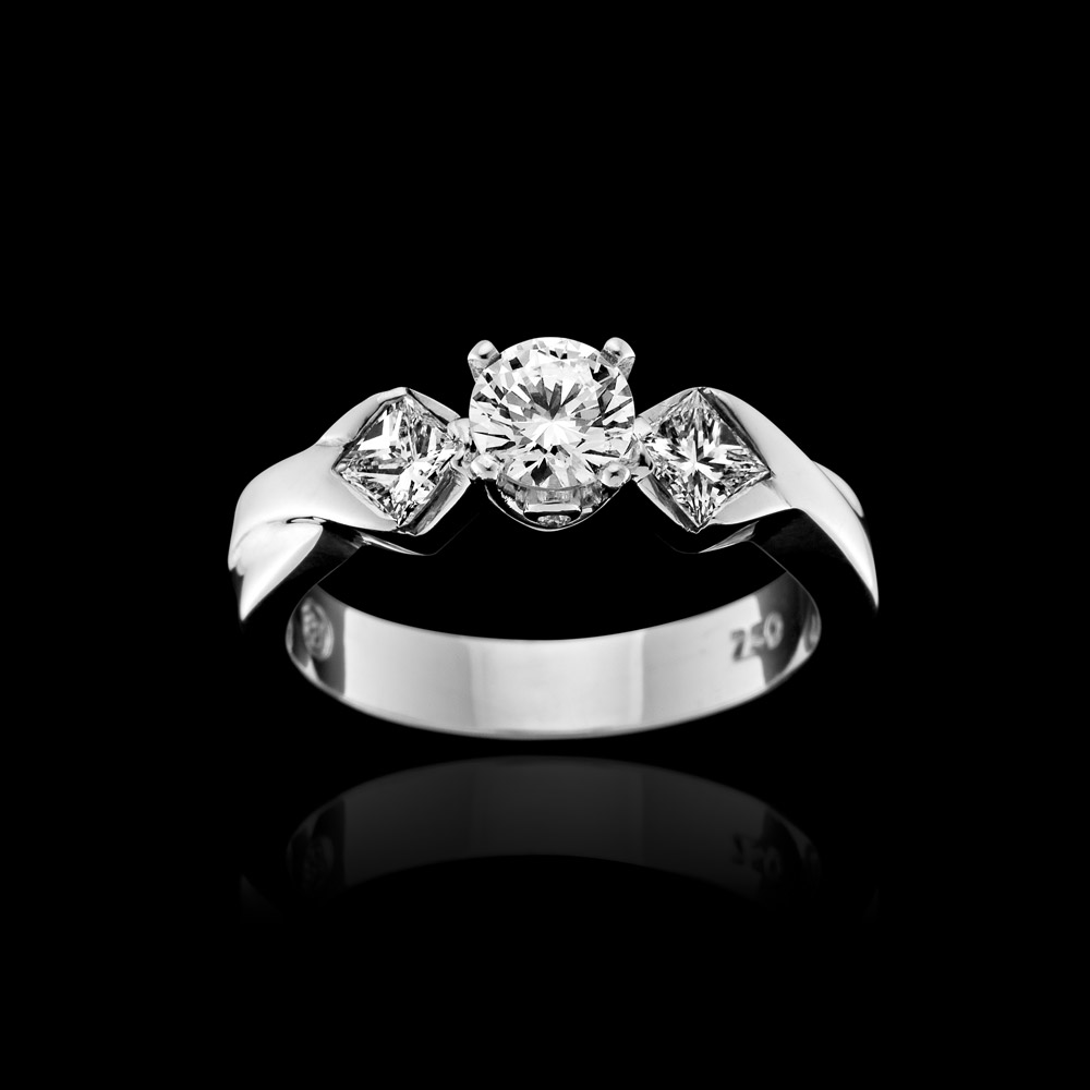 PC-EngagementRings_6.jpg