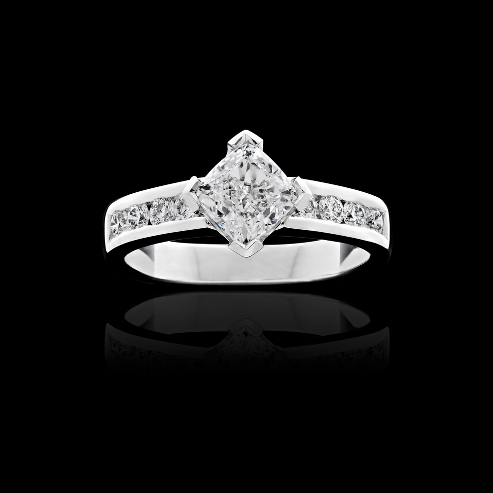 PC-EngagementRings_B66.jpg