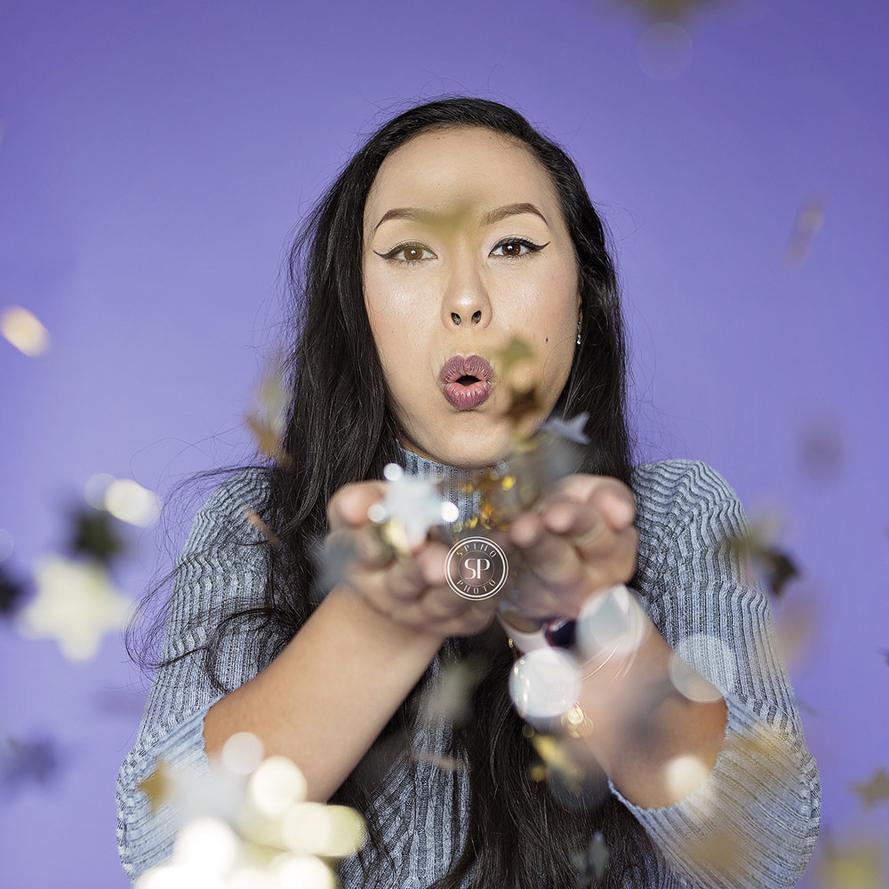 best-portrait-photographer-walnut-creek-glitter-newborn-headshot-confetti-slowmo booth-photo shoot- spino-photo