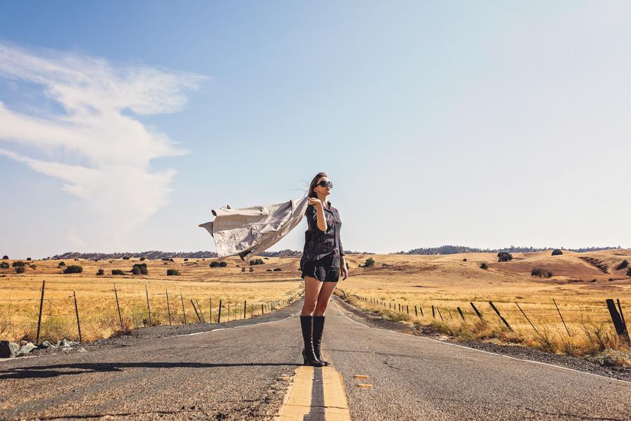 fashion-shoot-abandoned-highway-spino-photo