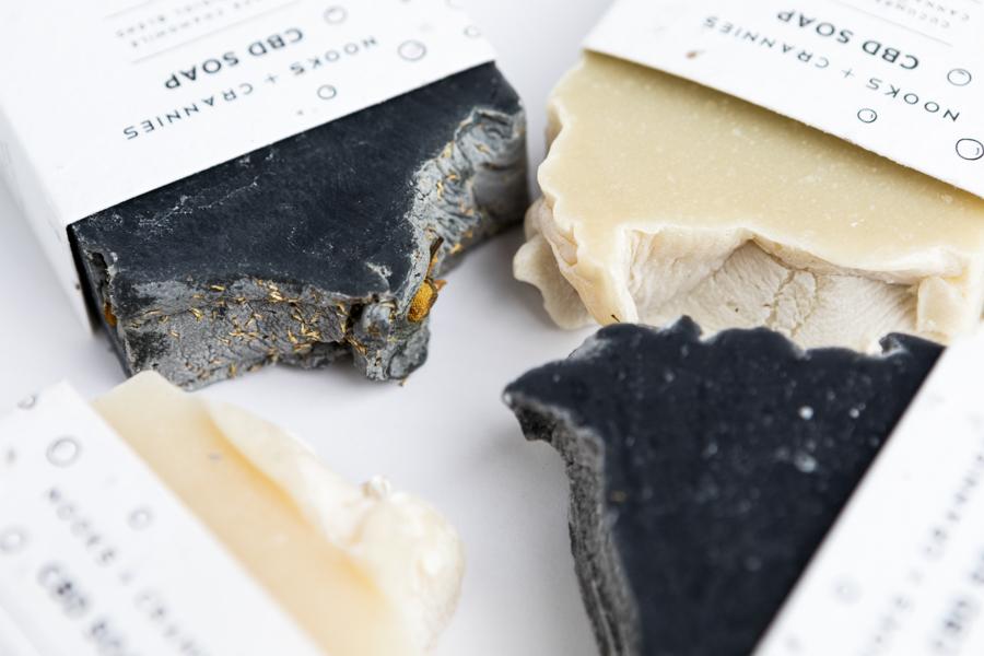 cbd-soap-spino-photo-studio-product