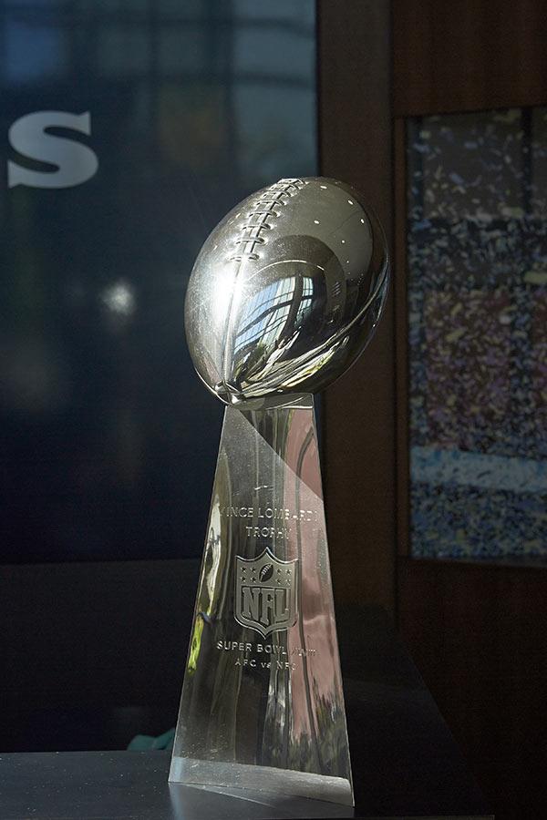 michael_clinard_lombardi_trophy_web
