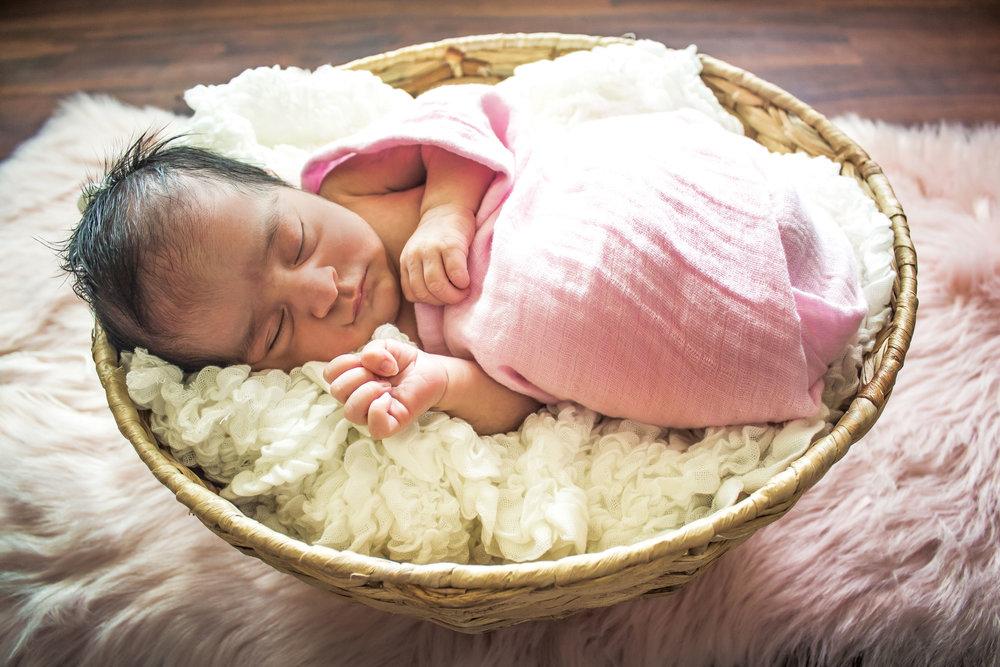 Kayla-NewbornSession-JessicaMirandaPhotography-1.jpg