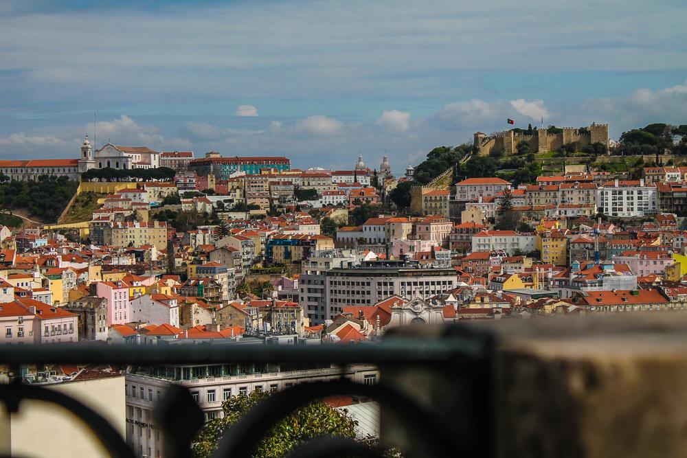 This shot was taken fromMiradouro Sao Pedro de Alcantara