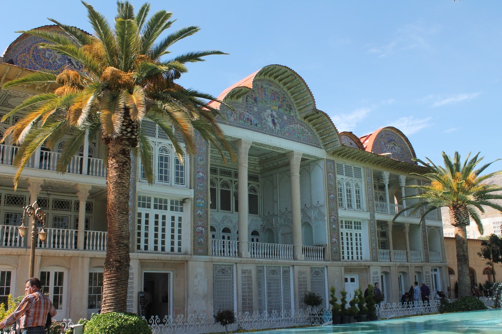 Eram garden in Shiraz - I fell in love with this building! (whatever it actually was...)