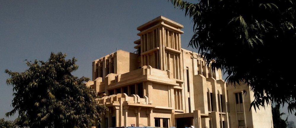 Minaret house, Chaukor studio