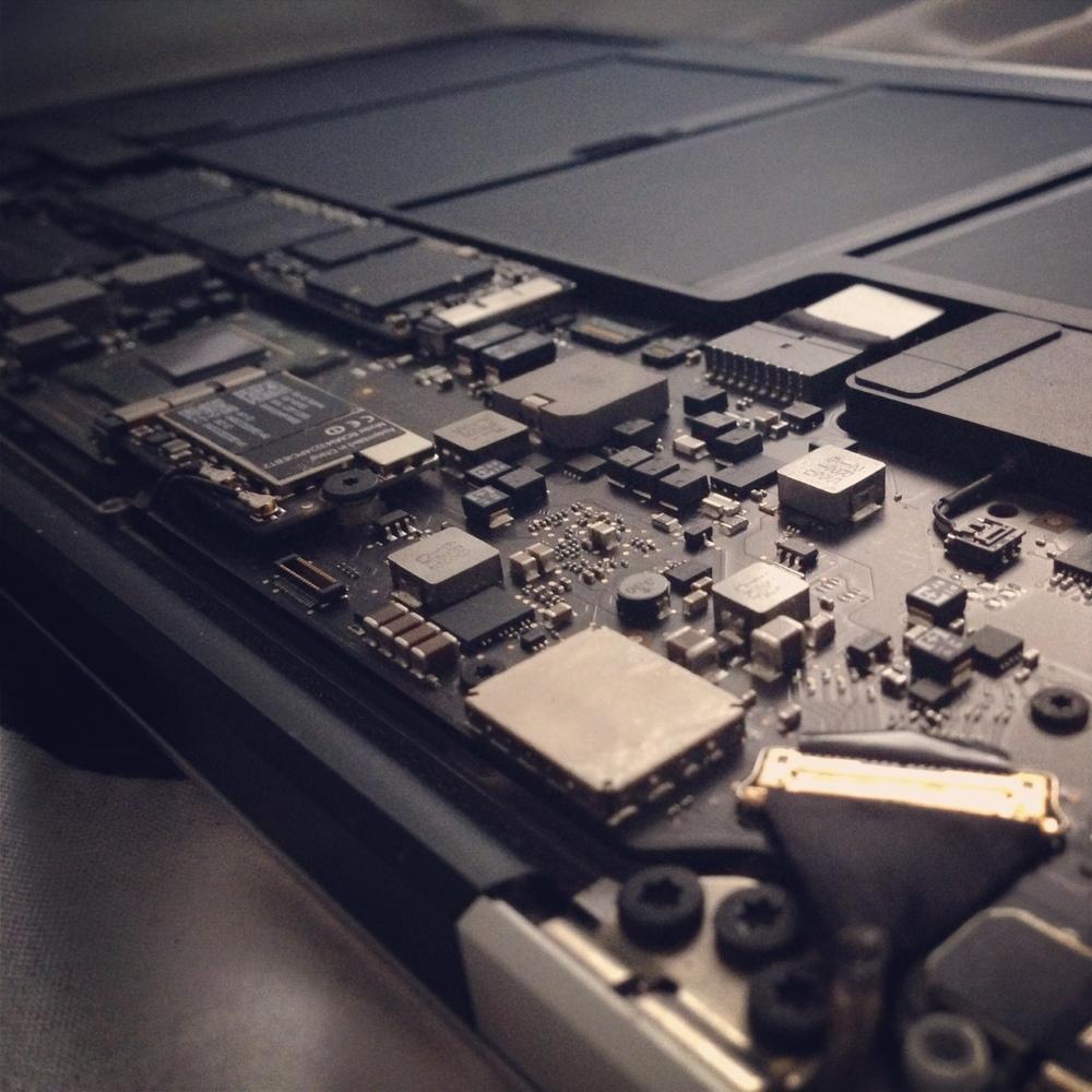 Repair Cafe Macbook