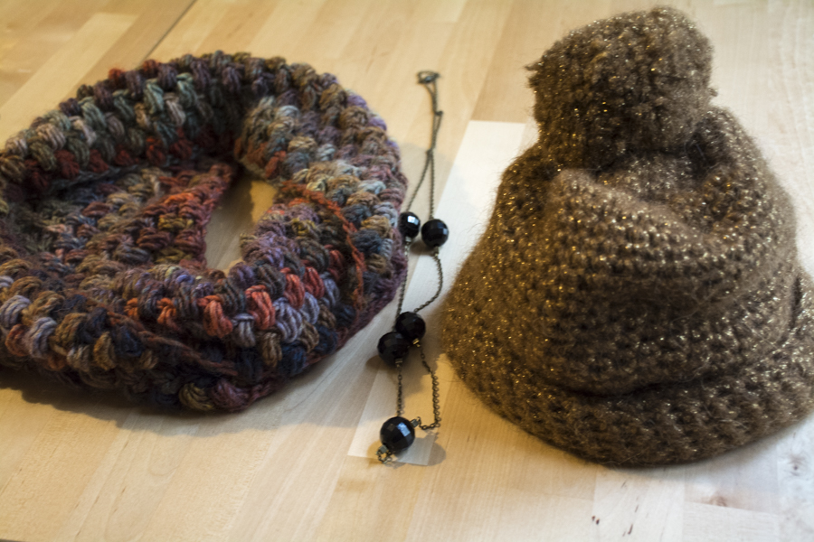 Snood, collier et bonnet d'anciens Chouette Kits