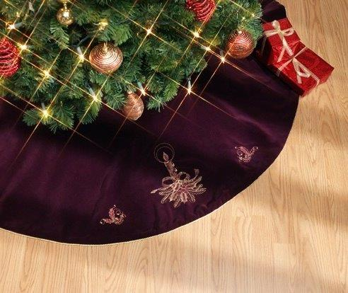 Burgundy Velvet Tree Skirt