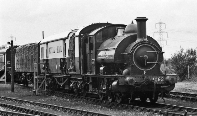1363, the sole survivor of the Class, at Didcot in the 1970s.           Wikimedia Commons / copyright Barry Lewis.