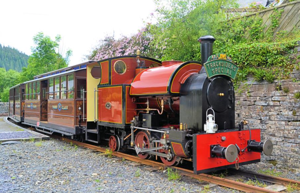 Corris No 7 at its terminus in Corris, May 2018