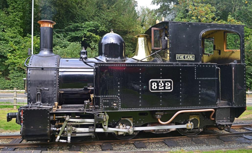 The 'Earl' at Welshpool, getting ready to set off for Llanfair Caereinion at the recent Welshpool and Llanfair Autumn Gala