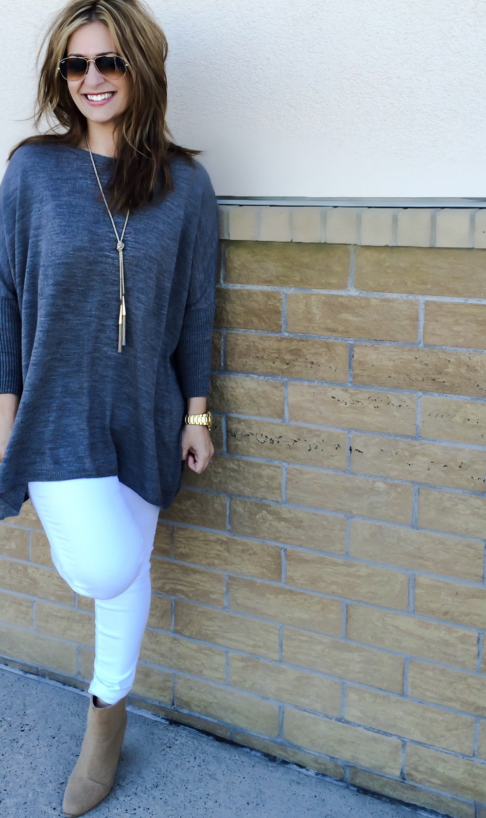 Click for link: Gap white jeans ,  H&M grey sweater (similar) ,  Rag & Bone boots