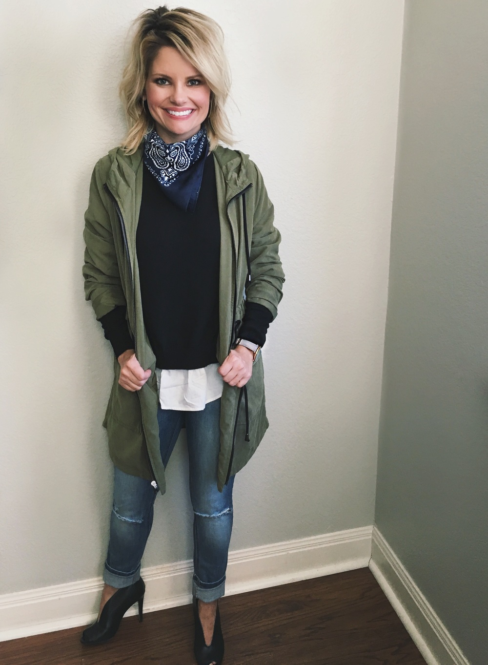 Jacket:  Old Navy  (35% off your $75 order with code ENJOY) Top: Trouve sold out similar  here  Jeans:  Blank NYC  Shoes: sold out similar style  here