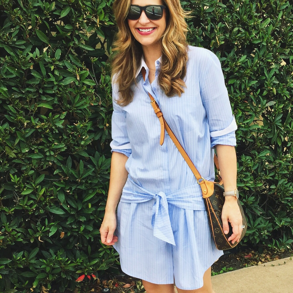 Love the adjustable tie on this Trouve shirt dress!