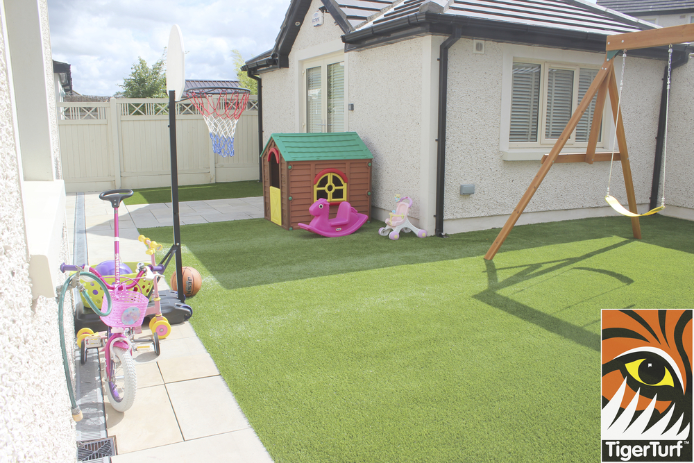 Tigerturf Finesse lawn installation