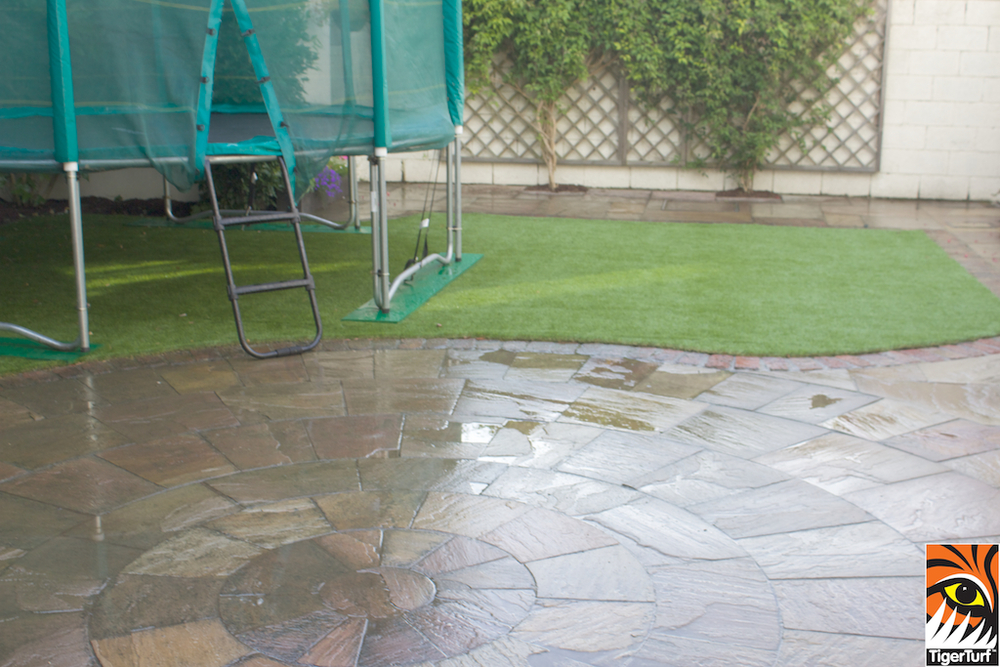TigerTurf and Trampoline in Back Garden