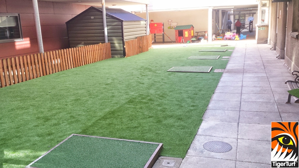 TigerTurf Lawn in Playground of Crumlin Courtyard