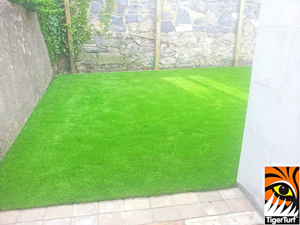 astro turf grass installation in Garden