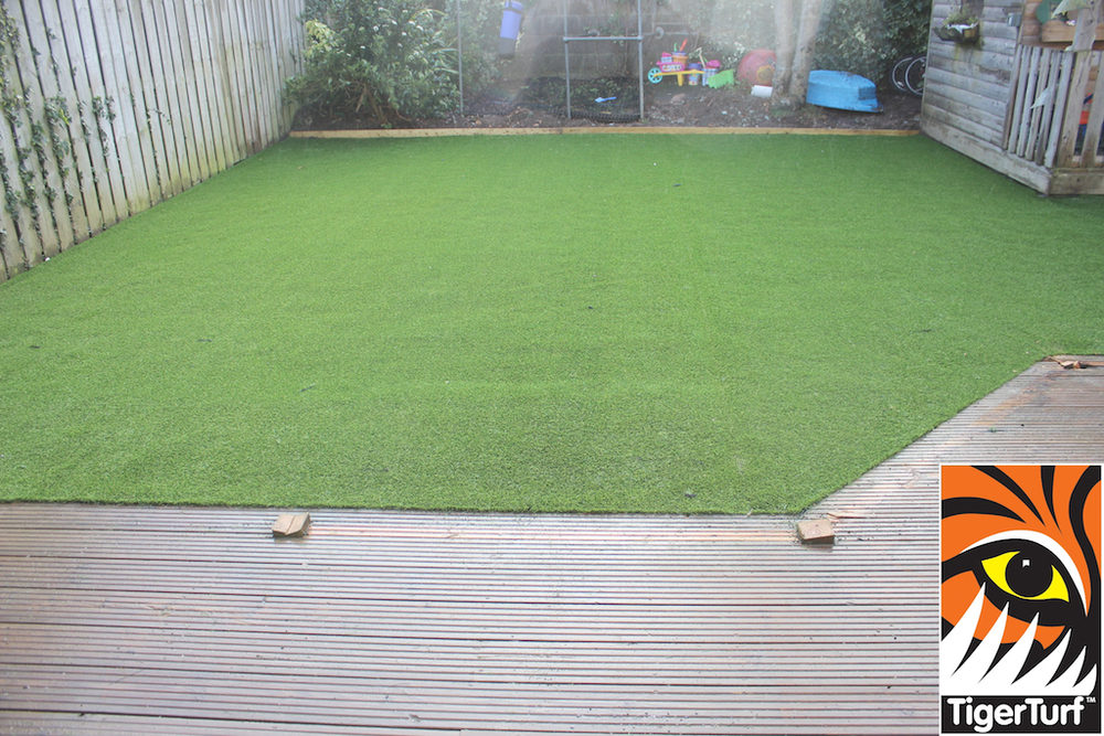 synthetic grass in family garden 63.jpg