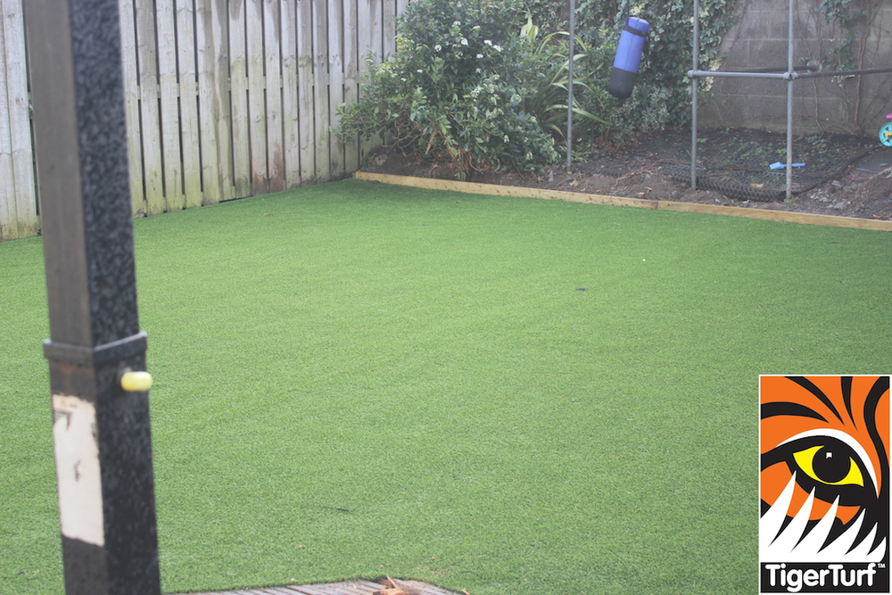 synthetic grass in family garden 69.jpg
