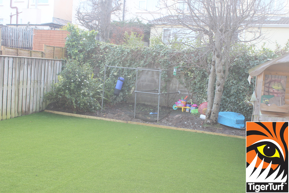 synthetic grass in family garden 89.jpg