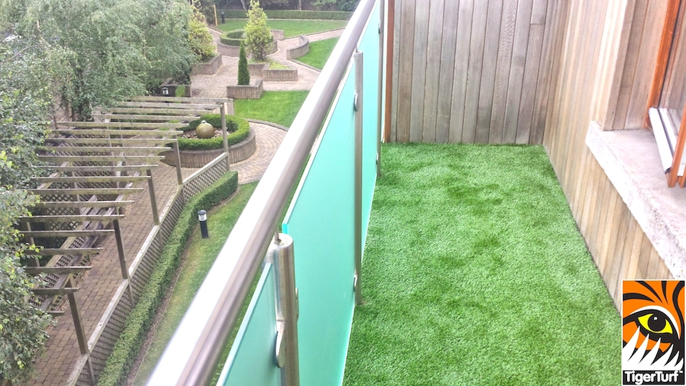 TigerTurf top floor installation