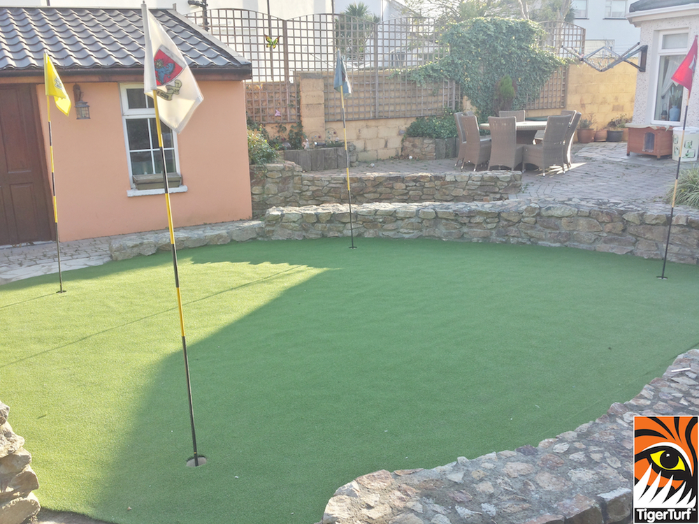 golf green installation