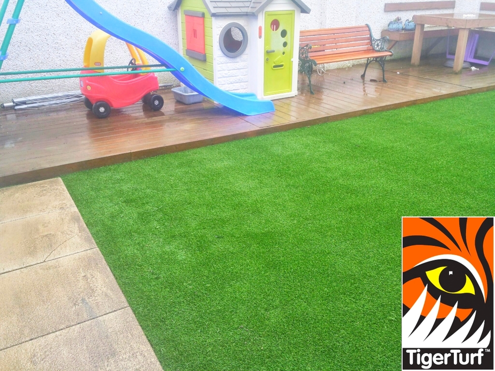 Synthetic Lawn in Creche