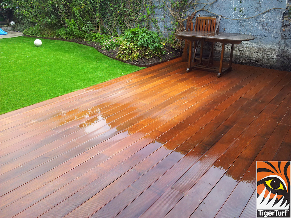 decking and lawn turf 751.jpg
