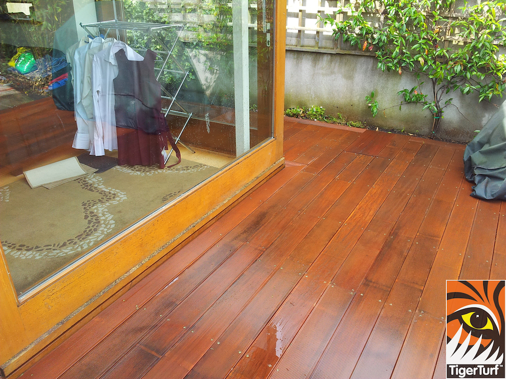 decking and lawn turf 770.jpg