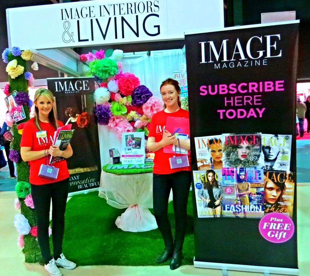 Image Magazine Stand