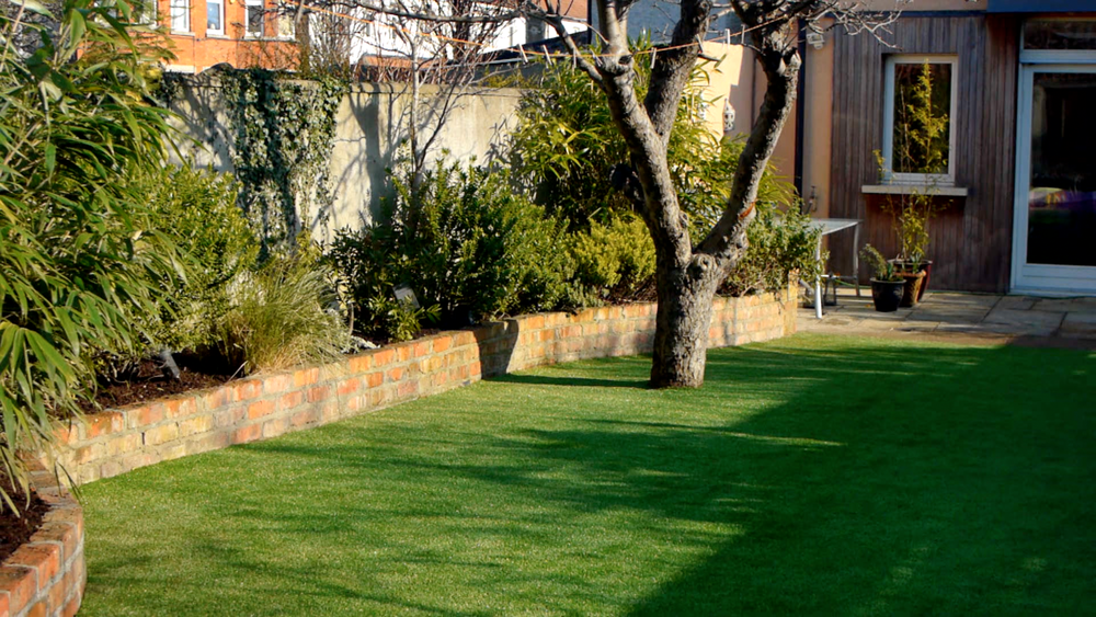 TigerTurf synthetic lawn turf