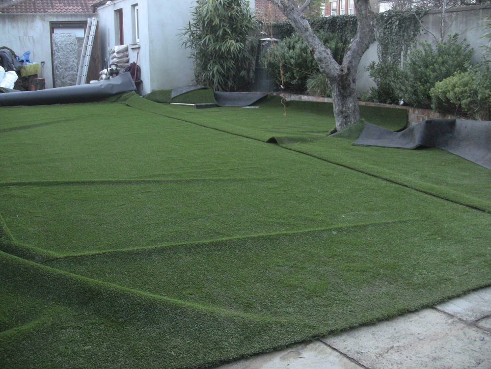 cutting turf into shape of lawn