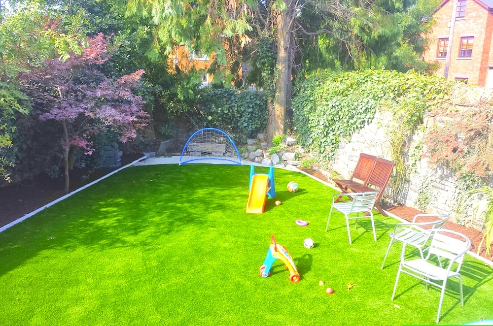 Garden design with TigerTurf Lawn 60.jpg