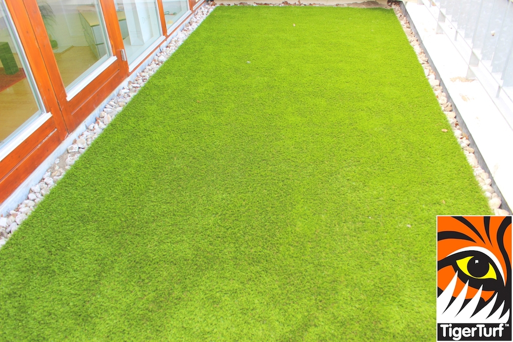 TigerTurf Premium Lawn on Veranda