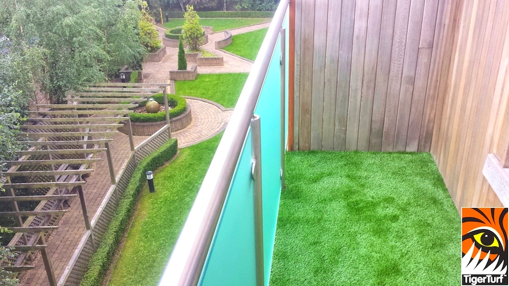 TigerTurf Balcony