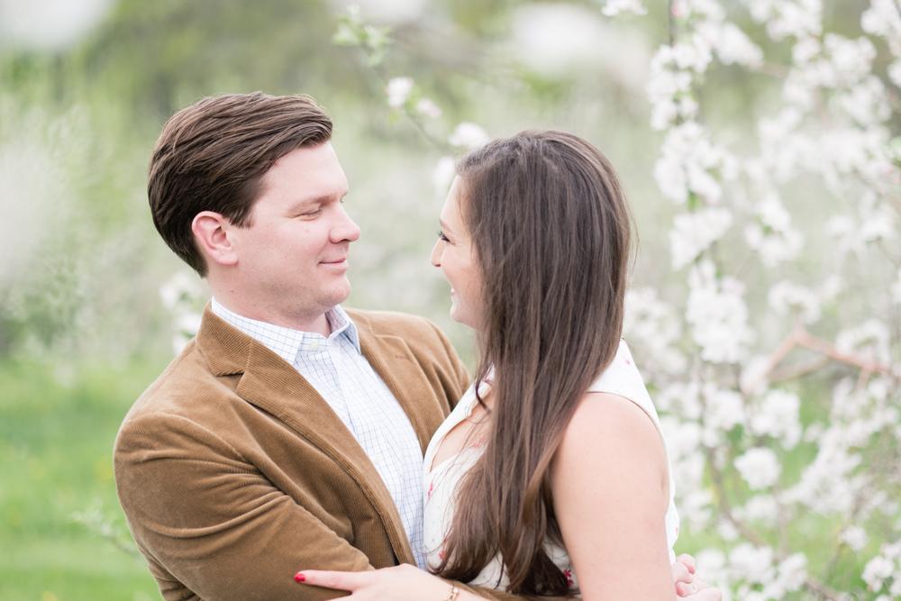 Kim_Andrew_Applecrest_Engagement-12.jpg