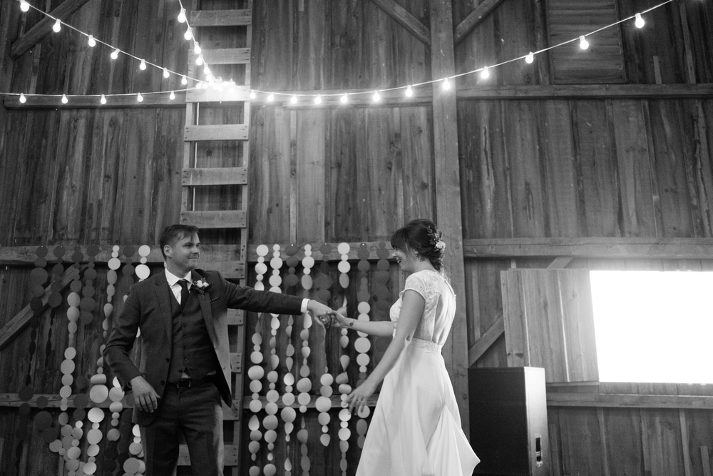 Todd_Emily_Sutliff_Wedding_Iowa-105.jpg