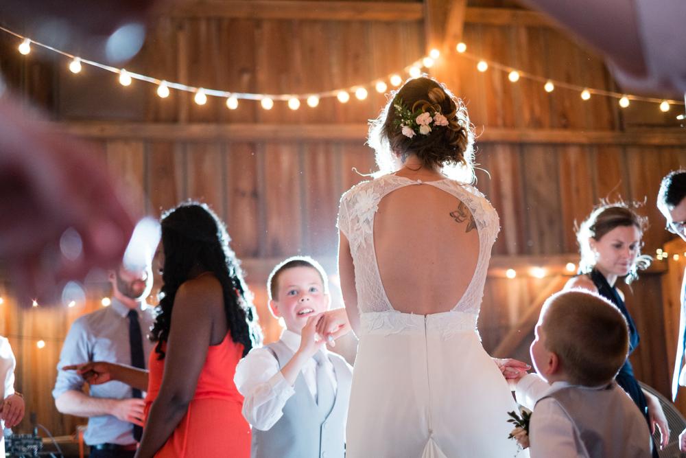 Todd_Emily_Sutliff_Wedding_Iowa-112.jpg