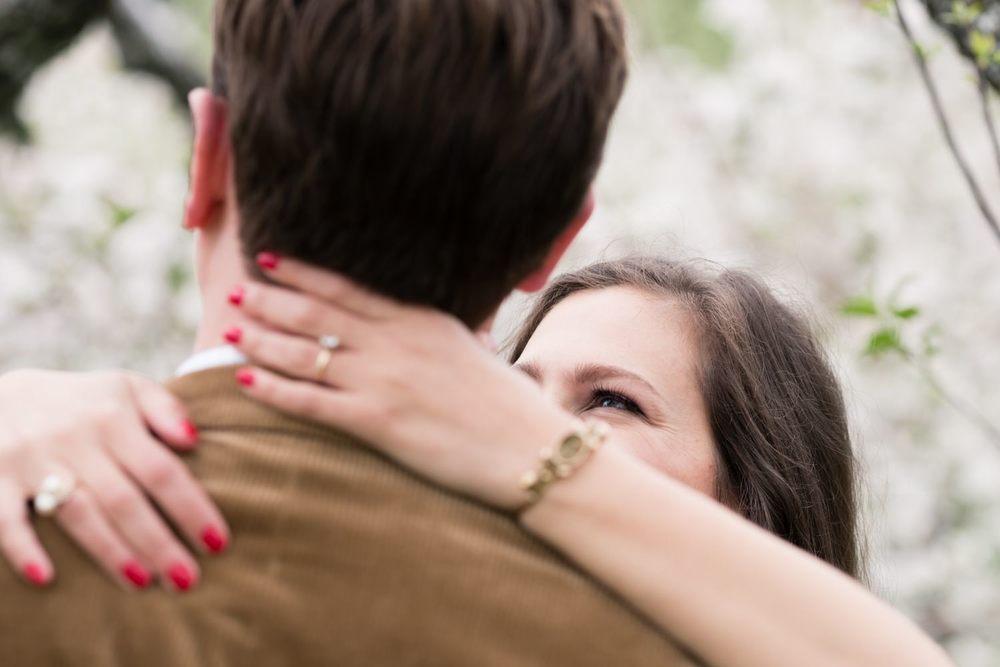 Kim_Andrew_Applecrest_Engagement-9.jpg