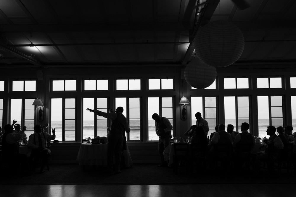 Kristen_Travis_Narragansett_Wedding-32.jpg