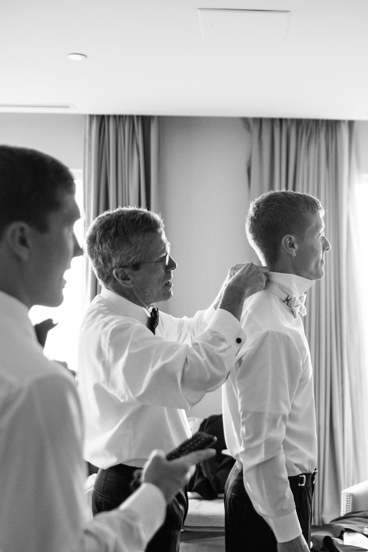 Alia_Ryan_Cliff_House_Maine_Wedding-9.jpg