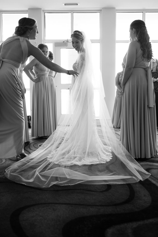 Alia_Ryan_Cliff_House_Maine_Wedding-19.jpg