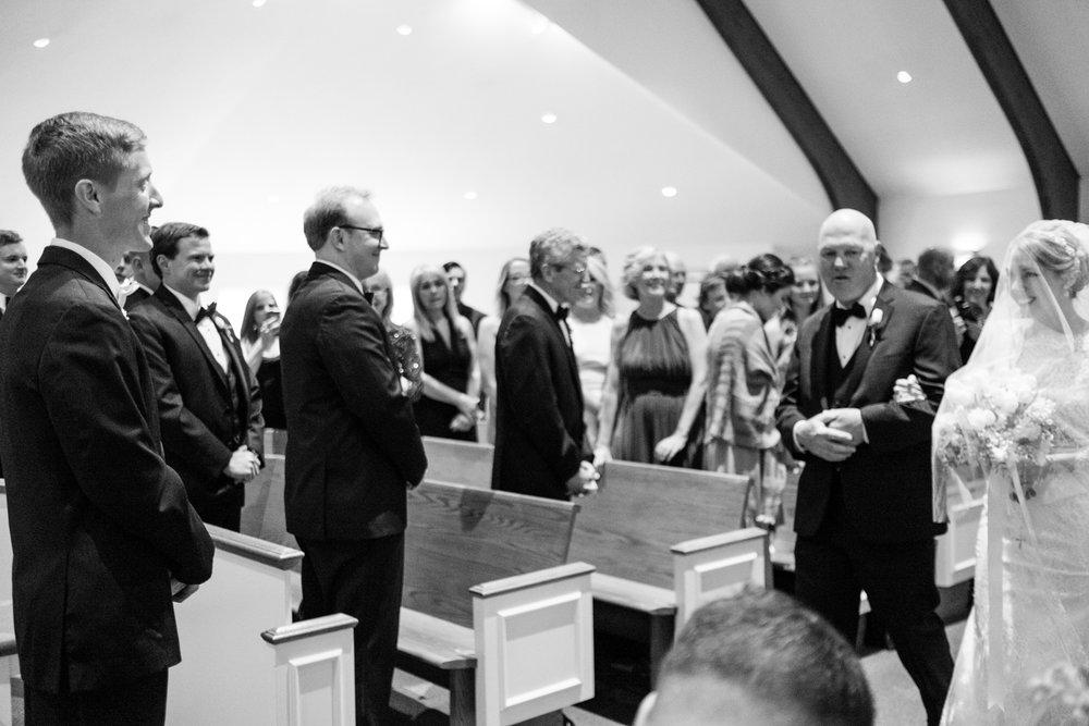 Alia_Ryan_Cliff_House_Maine_Wedding-32.jpg