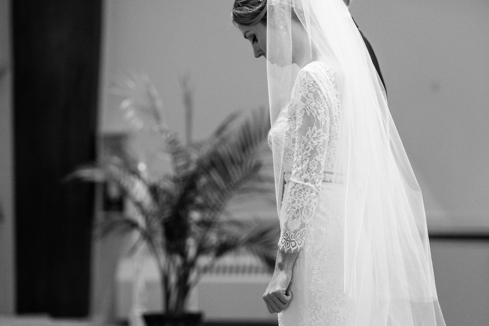 Alia_Ryan_Cliff_House_Maine_Wedding-36.jpg