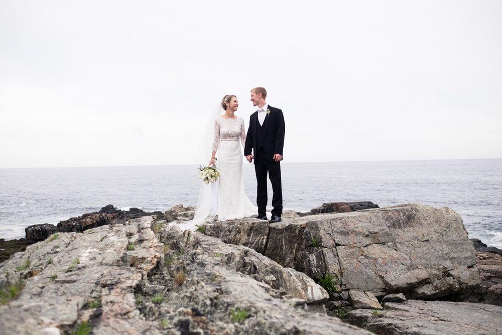 Alia_Ryan_Cliff_House_Maine_Wedding-72.jpg