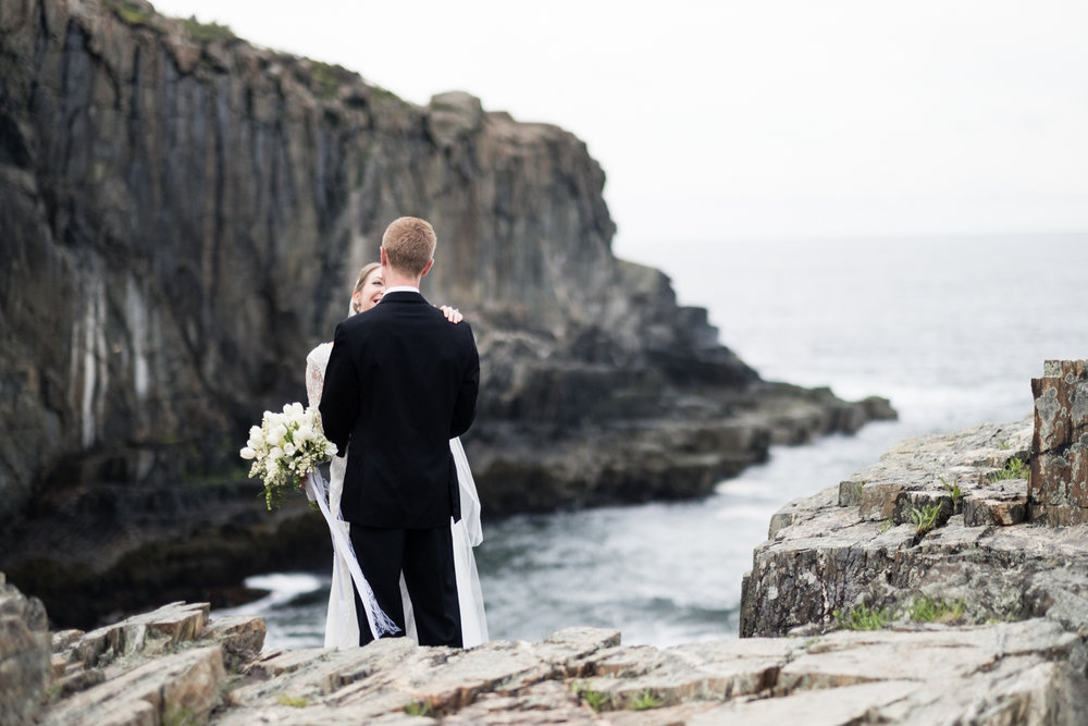 Alia_Ryan_Cliff_House_Maine_Wedding-82.jpg